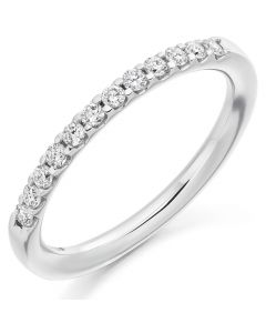 18ct White Gold 0.25ct Diamond Shared Claw Eternity Ring