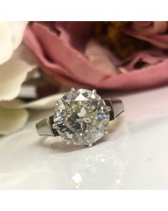 Pre-Owned 18ct and Platinum 2.82ct Diamond Solitaire Ring