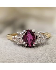 Pre-Owned 18ct Yellow Gold Diamond & Ruby Ring